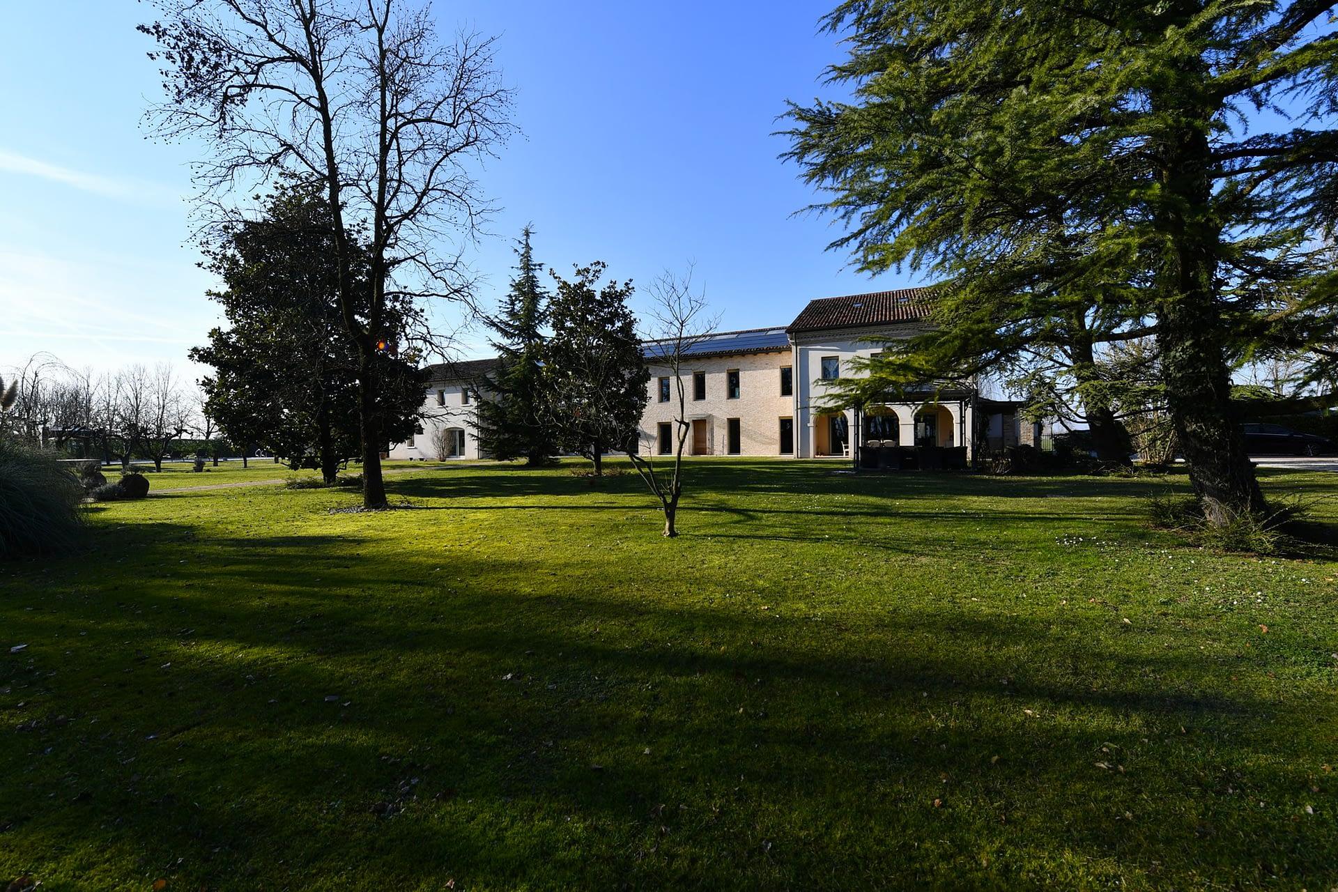 Villa Lion veduta esterna